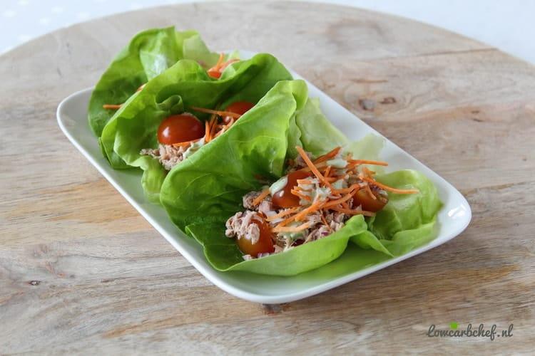 Sla wraps met tonijn en avocado dressing